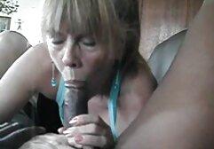 Fucking Glasses - Orgasmo en baño porno latino completo público