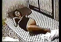 Dee y peliculas porno en audio latino Desi Pilladas en el Trabajo - 2 Jóvenes Rubias